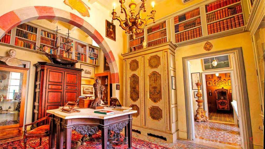 Аристократический музей Каса Росса Пиккола (фото 4)