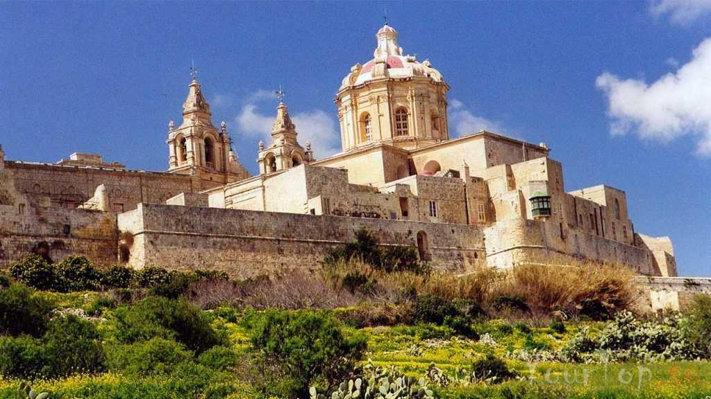 Древняя столица Мдина (фото 2)