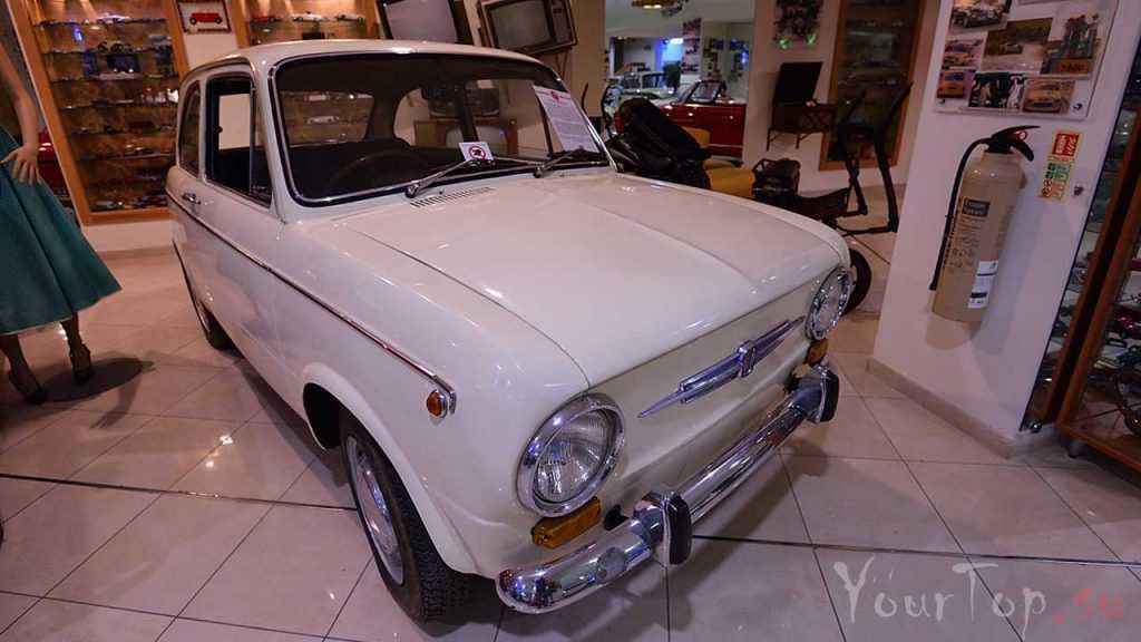 Музей ретро автомобилей в Мальте (фото 2)