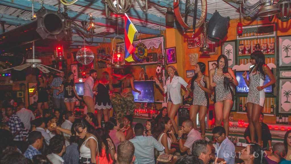 Ночной клуб в Колумбии (фото 1)