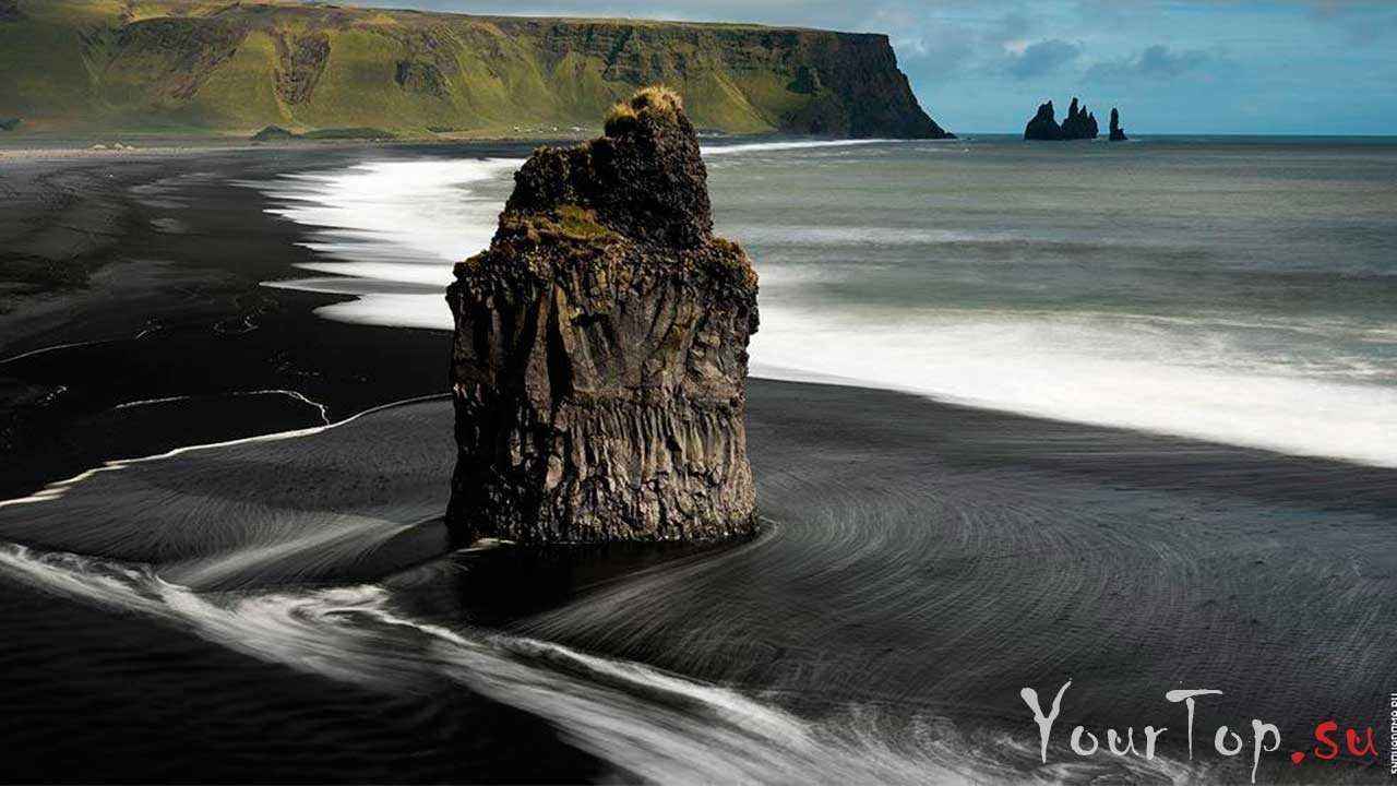 Черный пляж возле поселка Вик, Исландия (фото 2)